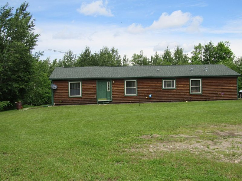 Welcome to theThe Deer Drop Inn, holiday rental in Newberry