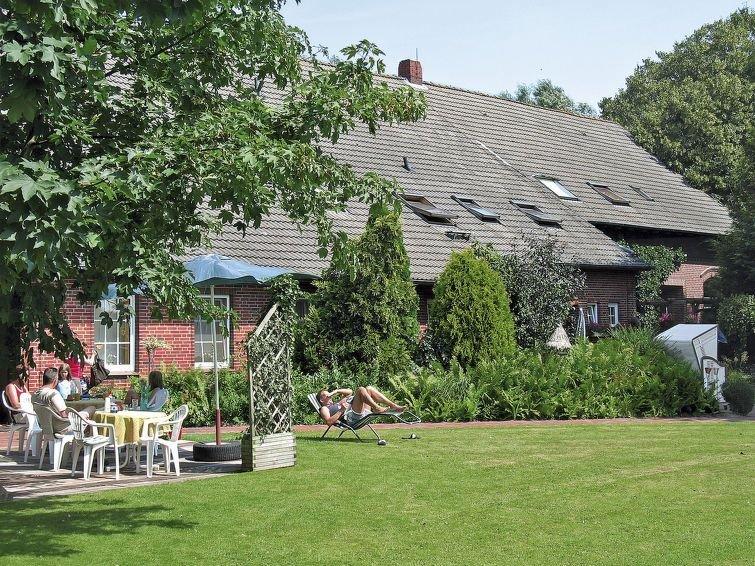 Ferienwohnung Peters (GCH102) in Groß Charlottengroden - 4 Personen, 2 Schlafzim, location de vacances à Neuharlingersiel