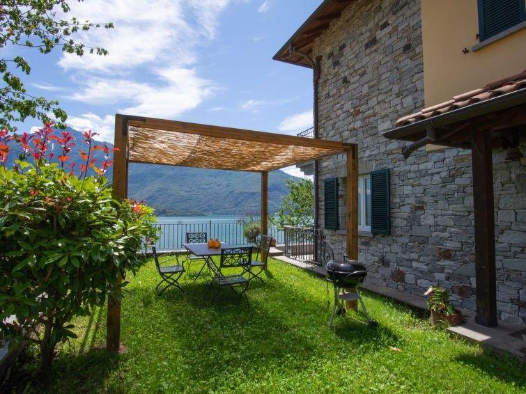 Vacation home Casa La Becca  in Domaso (CO), Lake Como - 4 persons, 1 bedroom, location de vacances à Domaso