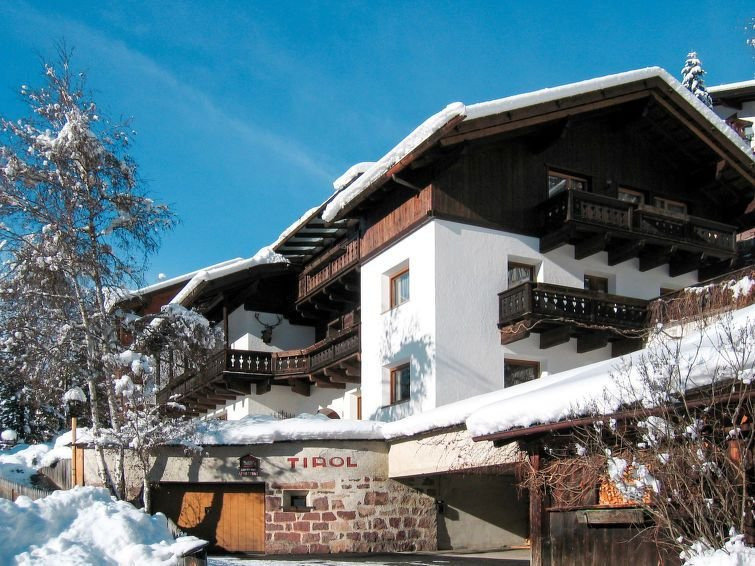 Apartment Haus Tirol  in St. Ulrich/Ortisei (BZ), Dolomites - 3 persons, 1 bedr, holiday rental in Province of South Tyrol