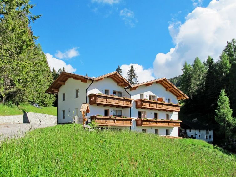 Apartment Haus Obermüllerhof  in Meransen - Mühlbach (BZ), Dolomites - 5 person, location de vacances à Maranza