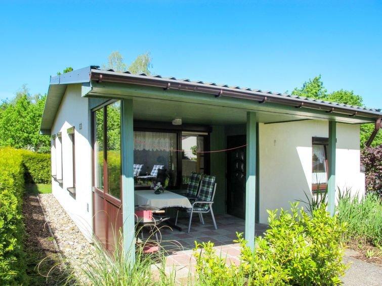 Vacation home Bungalowsiedlung am Walde  in Dobbertin, Mecklenburg Lakes - 4 pe, casa vacanza a Muhl Rosin