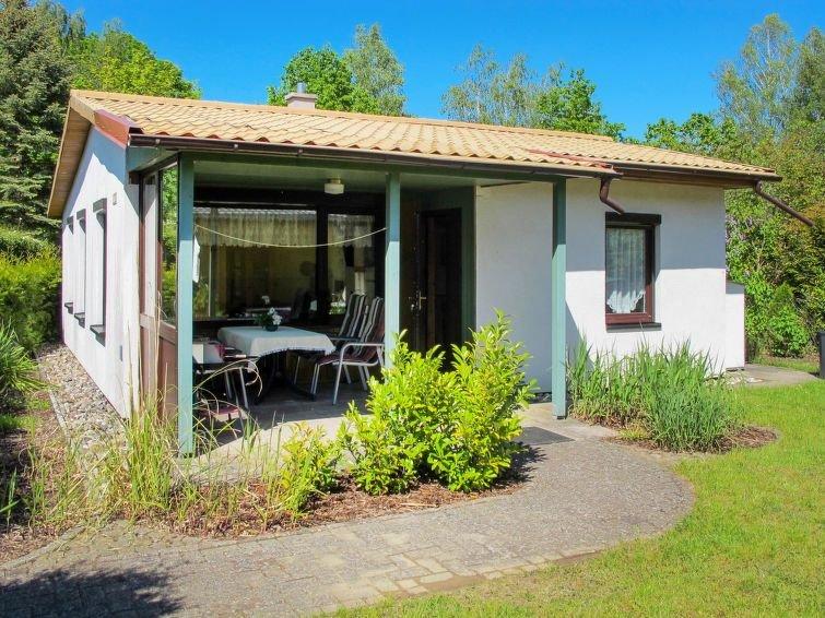 Ferienhaus Am Walde in Dobbertin - 4 Personen, 2 Schlafzimmer, casa vacanza a Muhl Rosin