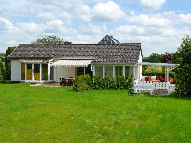 Ferienhaus Alexorella (GDR105) in Godern - 6 Personen, 2 Schlafzimmer, holiday rental in Pinnow