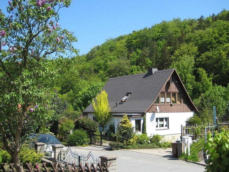 Ferienwohnung Freital für 4 - 5 Personen mit 3 Schlafzimmern - Ferienwohnung, location de vacances à Rabenau