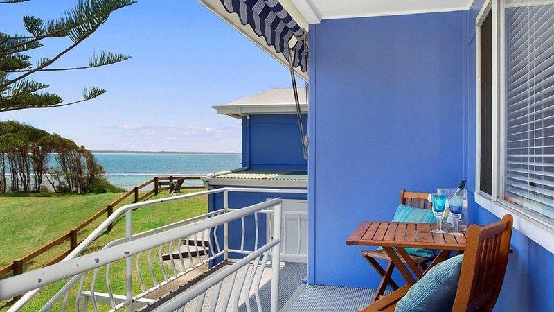 Ocean Blue Apartment Four - second level apartment, casa vacanza a Currarong