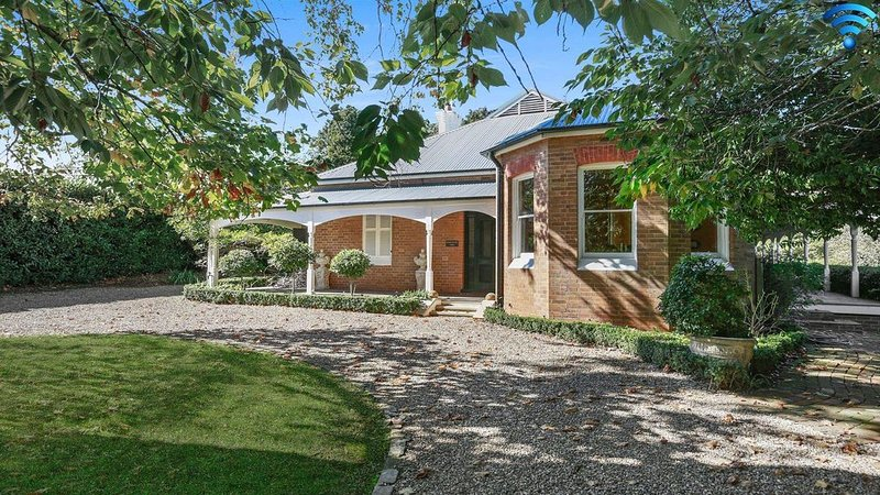 Redcourt - southern highlands elegance, holiday rental in Bundanoon