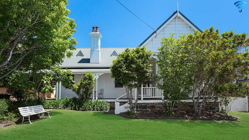 Blake House - iconic coastal homestead, vacation rental in Kiama