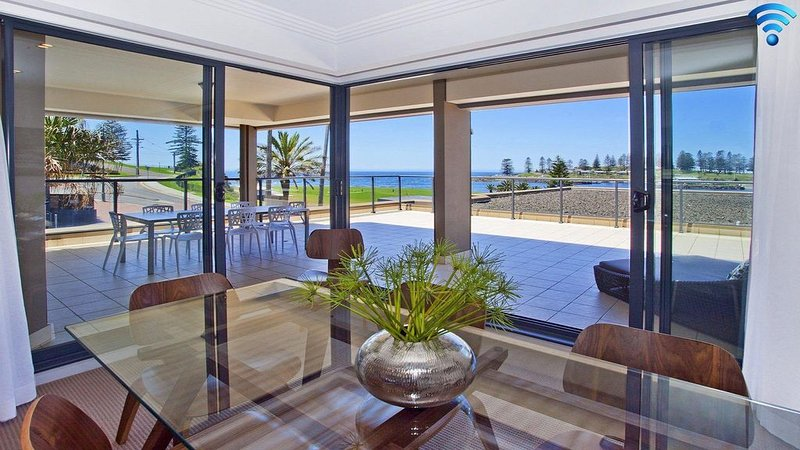Something Special * Harbourside - truly special, vacation rental in Kiama