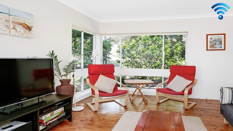 Surf Beach Views - quiet position, close to beach, vacation rental in Kiama
