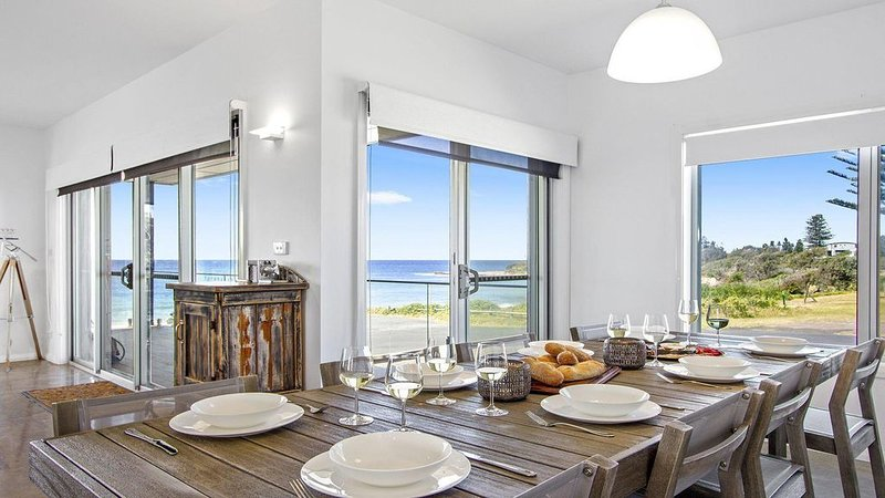 Catalina - the beach at your door, holiday rental in Culburra Beach