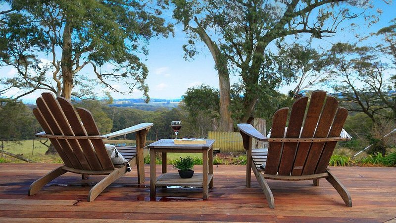 Cooinda - spacious with rural views, vacation rental in Robertson