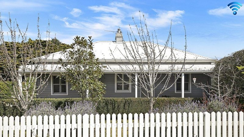 Greywood - classic highlands charm and serene living, holiday rental in Bundanoon