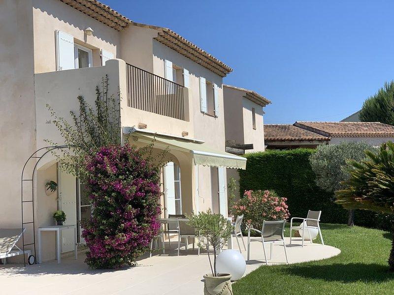 Maison  Cote d'Azur,   8 personnes avec piscine jardin , vue degagée et mer, alquiler de vacaciones en Cagnes-sur-Mer