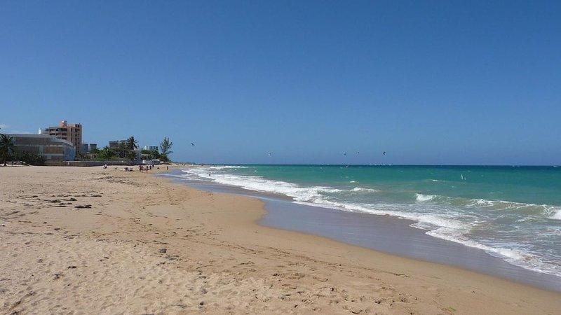 Serena Alta - One Bedroom Apartment, Sleeps 4, vacation rental in San Juan