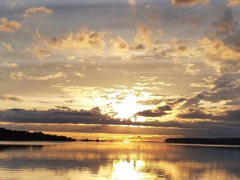 Sunset at Water's Edge, casa vacanza a Lynden