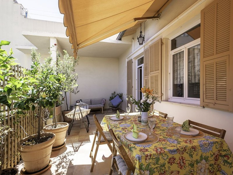 Charm, tranquility and convenience in the center of town – semesterbostad i Menton