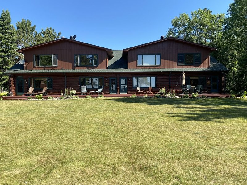 Cozy  Condo on Whitefish chain, holiday rental in Pine River