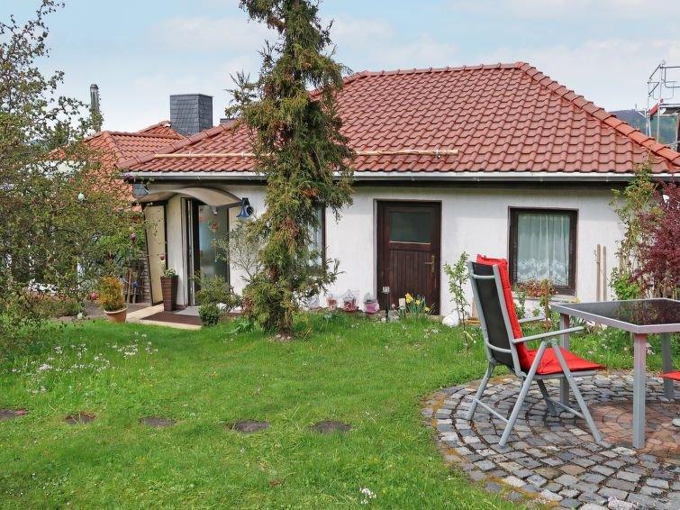 Ferienhaus Wagner (KLT100) in Kaltennordheim - 3 Personen, 1 Schlafzimmer, location de vacances à Schonau an der Brend