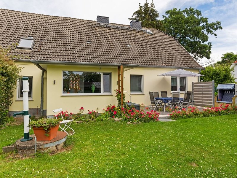 Modern Holiday Home in Zierow with Terrace, holiday rental in Zierow