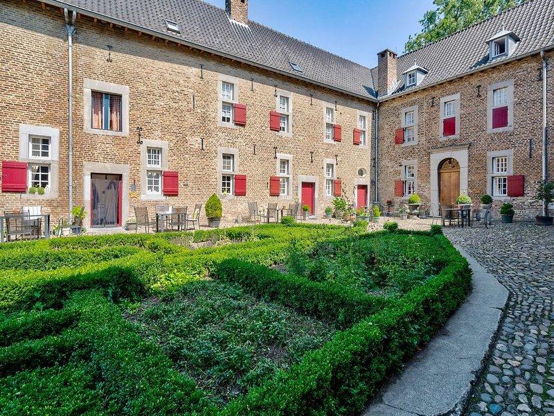 Apartments 'Meschermolen' located 10km from Maastricht, casa vacanza a Gronsveld