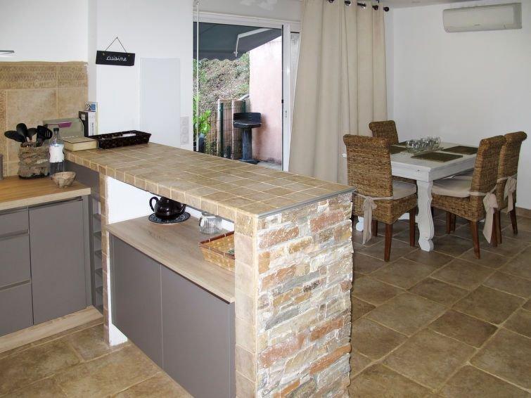Ferienwohnung Giovanetti (CTN321) in Cervione/Castagniccia - 2 Personen, 1 Schla, holiday rental in Canale-di-Verde