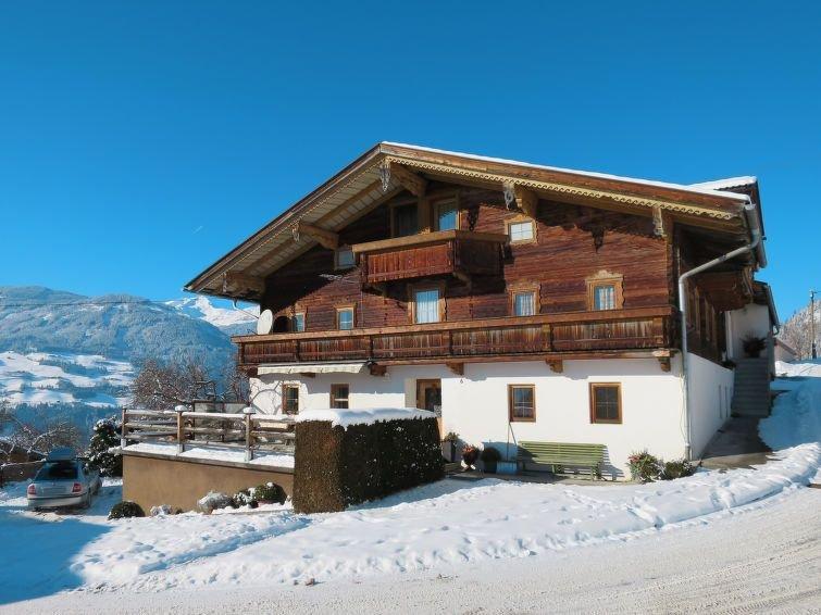 Ferienwohnung Binter (SUZ270) in Stumm im Zillertal - 12 Personen, 3 Schlafzimme, holiday rental in Stummerberg