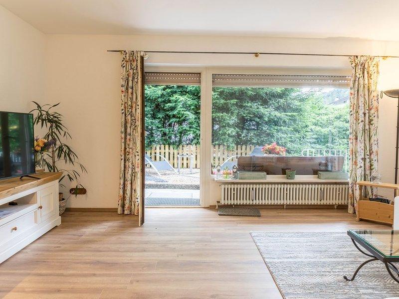 Gemütliche Ferienwohnung Lilly im alpinen Stil mit Bergblick, privater Terrasse, casa vacanza a Garmisch-Partenkirchen
