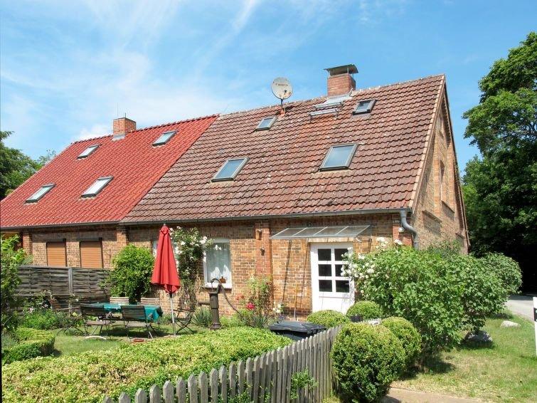 Ferienhaus Kranich in Troja - 6 Personen, 3 Schlafzimmer, holiday rental in Diemitz