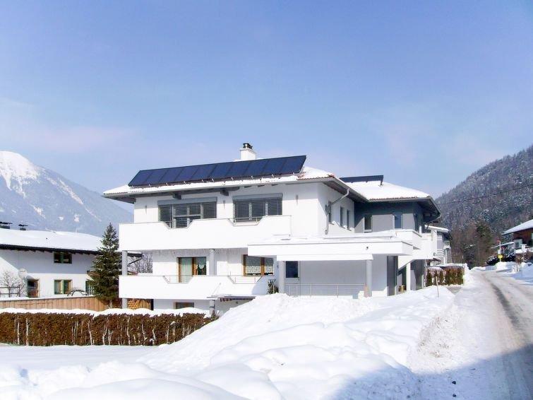 Ferienwohnung Kössl (FLP175) in Fulpmes - 5 Personen, 3 Schlafzimmer, aluguéis de temporada em Igls