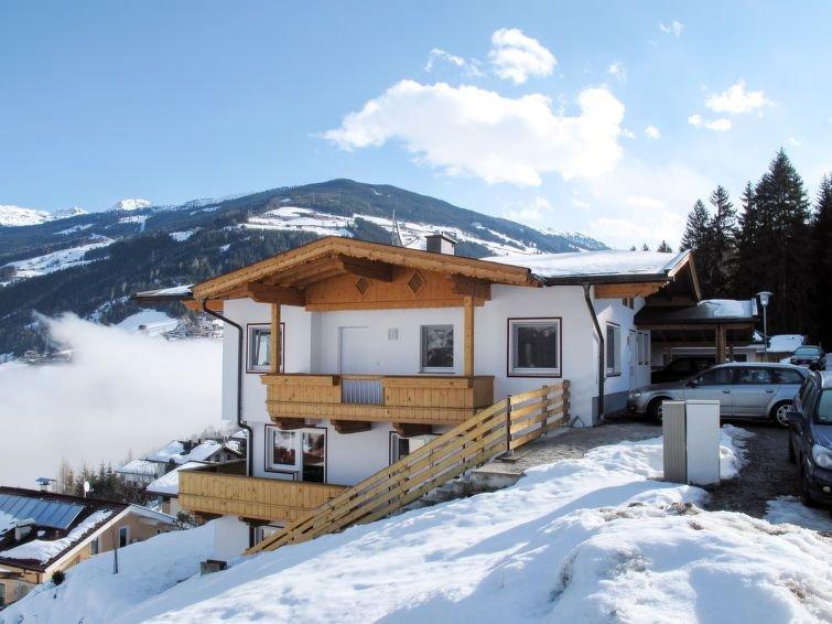Ferienwohnung Klocker (ZAZ388) in Zell am Ziller - 9 Personen, 4 Schlafzimmer, holiday rental in Gerlosberg