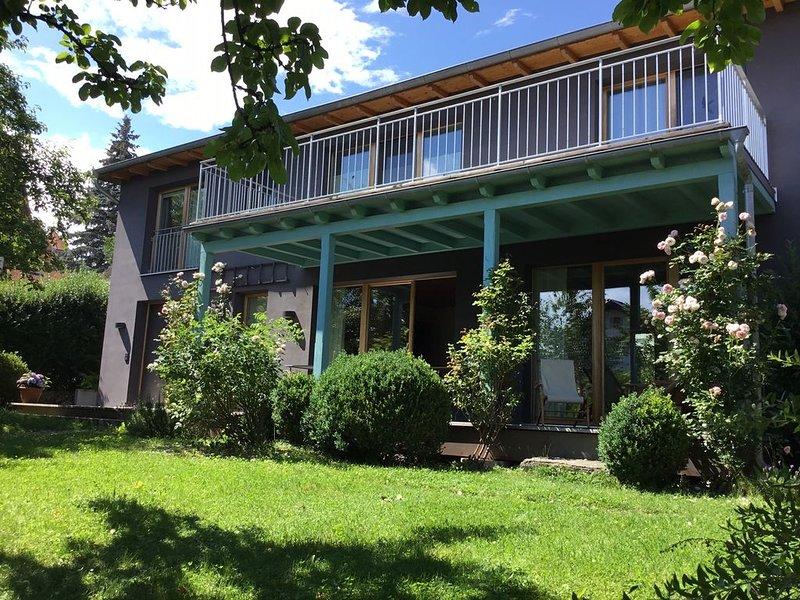 Freistehendes Haus mit Garten, holiday rental in Feldafing