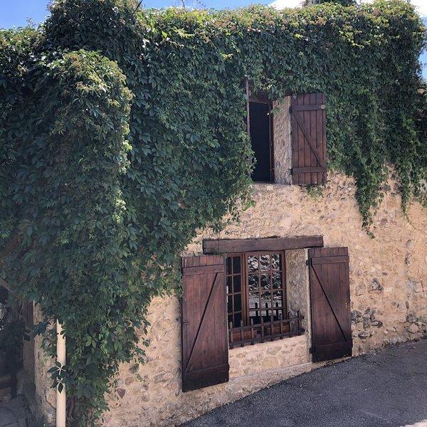 Maison de Charme dans le Verdon, location de vacances à Valensole