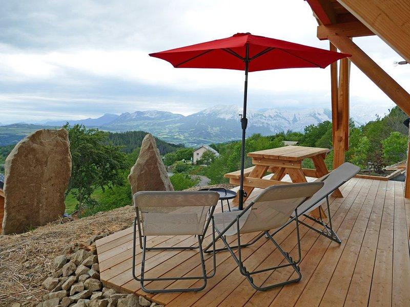 Splendide chalet Le Viallet vue montagne, casa vacanza a Saint-Michel-de-Chaillol