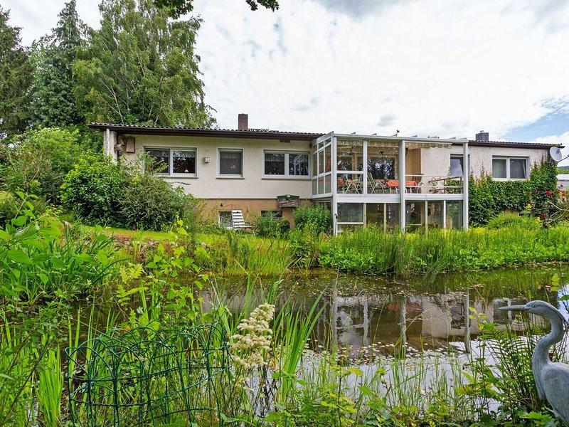 Alluring Holiday Home in Bad Zwesten with Garden, aluguéis de temporada em Gilserberg
