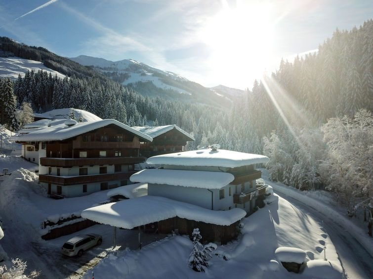 Ferienwohnung Jenewein (WIL540) in Wildschönau - 6 Personen, 3 Schlafzimmer, aluguéis de temporada em Auffach