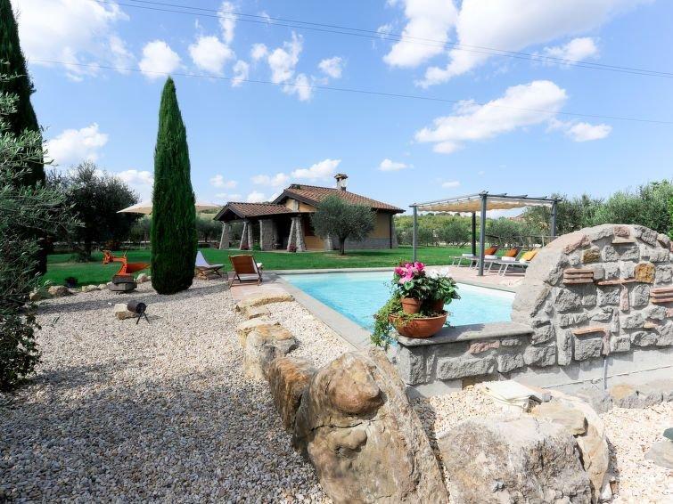 Ferienhaus Campo del Palio (LVC185) in Lago di Vico - 5 Personen, 2 Schlafzimmer, holiday rental in Sutri