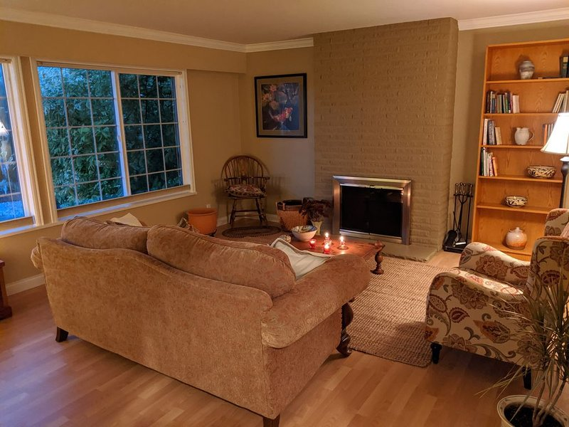 Spacious 3 BR home in Pt Roberts walk to beach, vacation rental in Tsawwassen