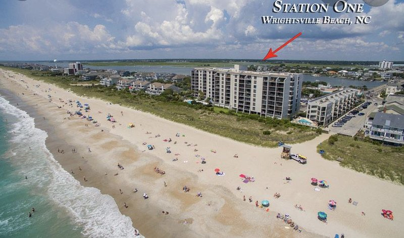 Beautiful recently updated condo on the beach- 6th Floor., holiday rental in Wrightsville Beach