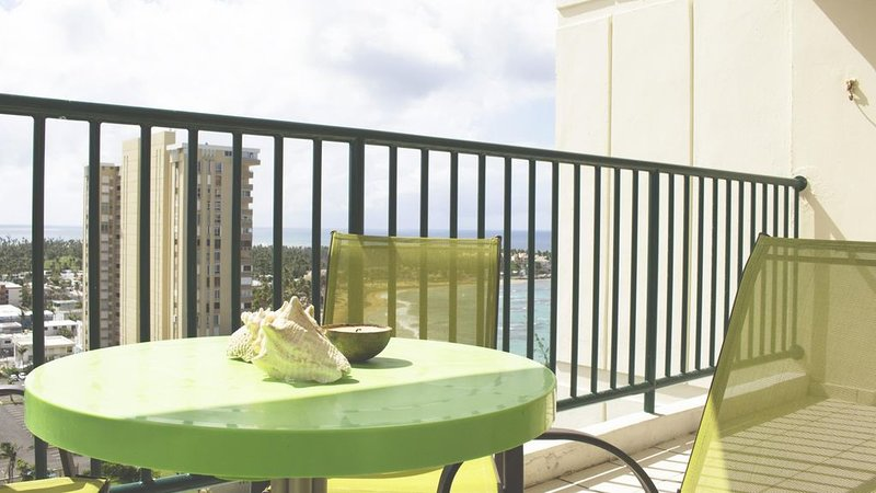 Montemar - Three Bedroom Apartment, Sleeps 8, holiday rental in Luquillo