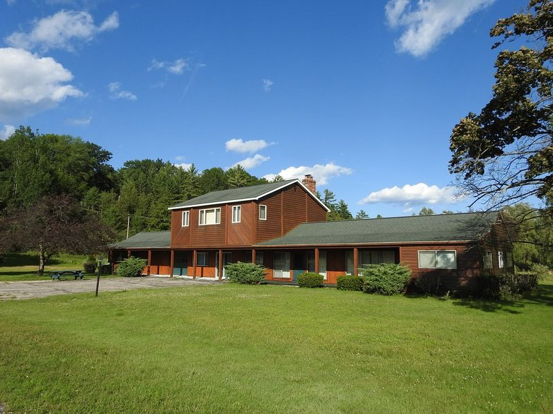 Ideal getaway for nature lovers!, casa vacanza a Hale