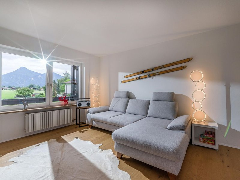 Moderner Ferienwohnung mit 2 Schlafzimmer und großen Balkon, alquiler de vacaciones en Oberaudorf