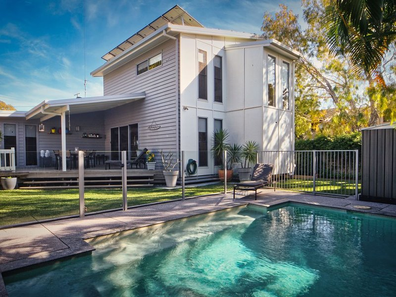 The River Precinct Home, holiday rental in Doonan