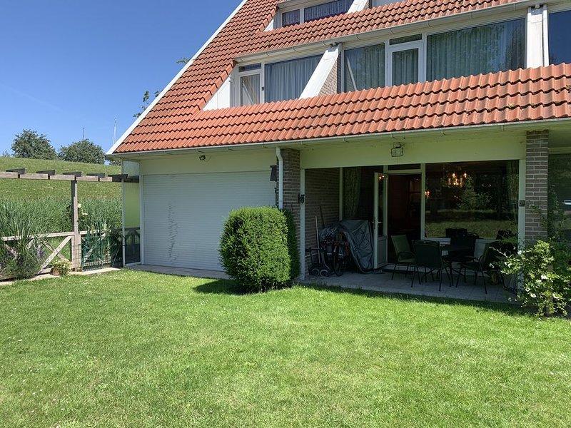 Gemütliche und freundliche Ferienwohnung in ruhiger Lage., holiday rental in Bruinisse