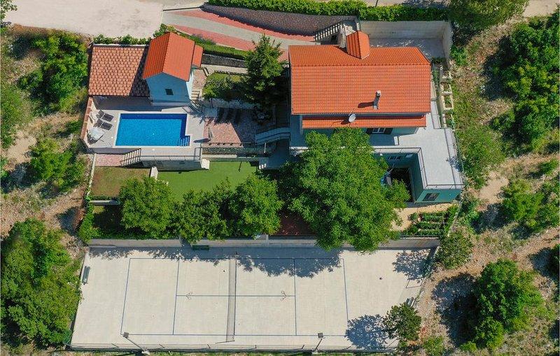 5 Zimmer Unterkunft in Poljica Imotska, vacation rental in Velim