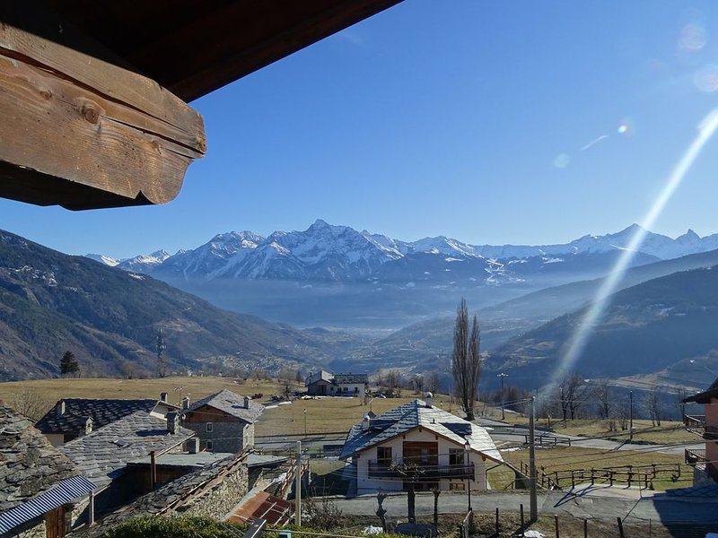 La tranquillité et la détente des Alpes de la Vallée d'Aoste, vacation rental in Saint-Oyen