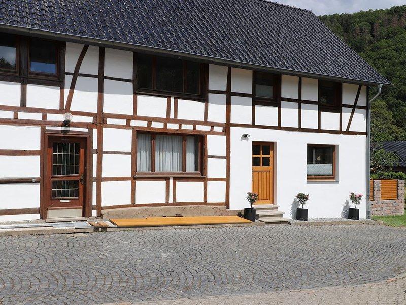Ferienhaus mit Bauernhof-Flair, location de vacances à Schleiden