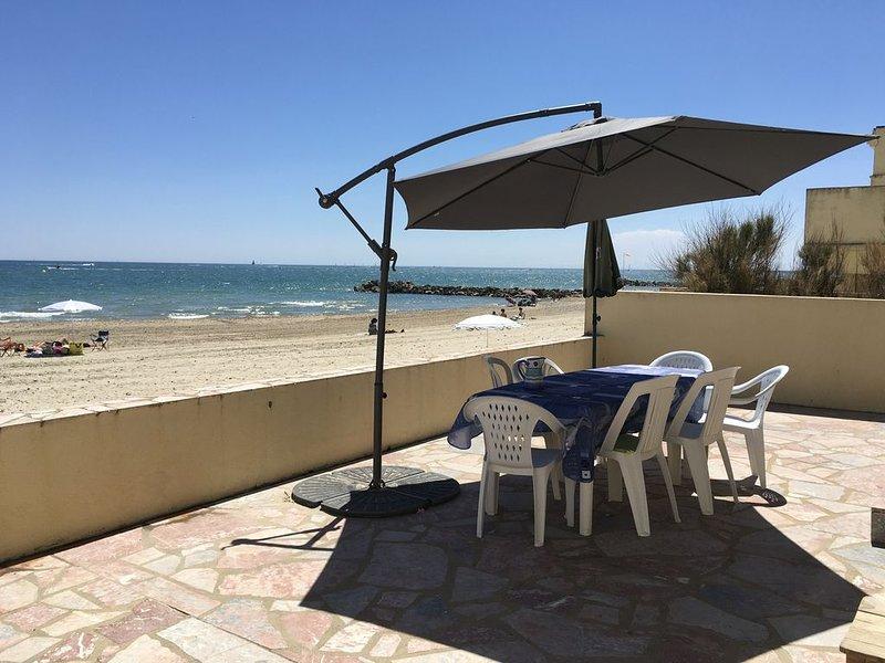 Appartement grande terrasse face à la mer, alquiler vacacional en Palavas-les-Flots