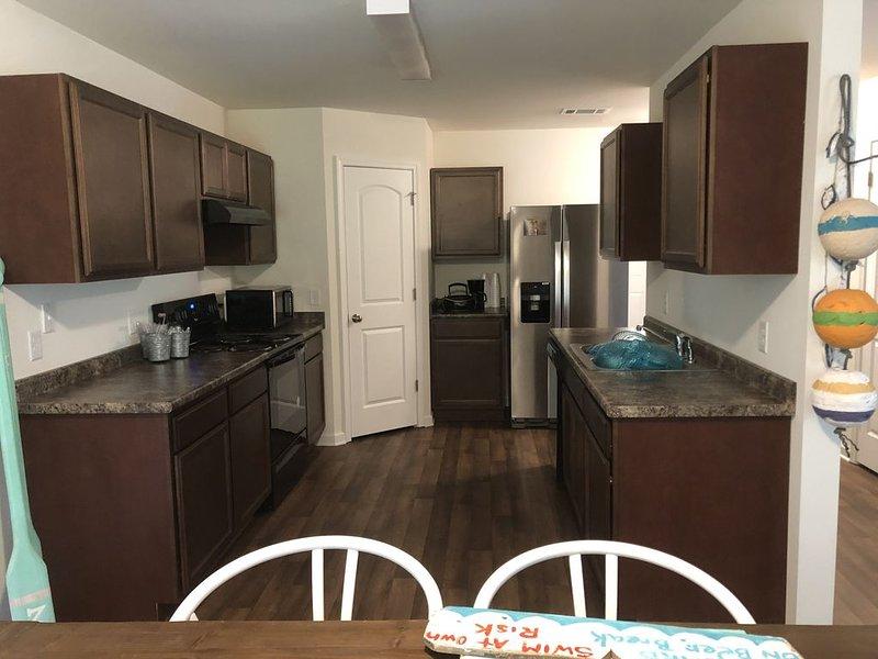 The Boat House - New Family Retreat Home on Colonel Island, aluguéis de temporada em Midway