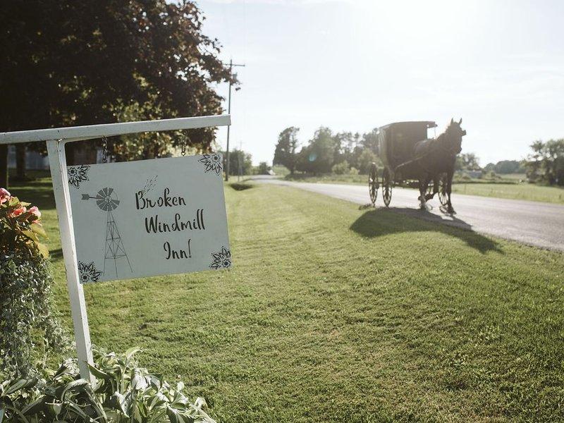 The Broken Windmilll Inn Ontario Farm Retreat – semesterbostad i Tomah